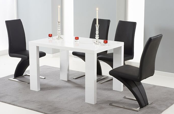 Metz High Gloss Dining Table With Chairs Glassdiningfurniture Co Uk